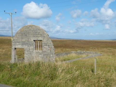 HY80D - Nissen Type Hut Base