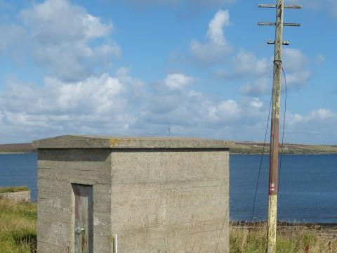 HY83 - Land Telegraphy Hut at Hackness